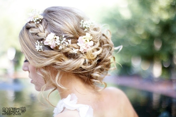 37 Eye Catchy Floral Wedding Hairstyles | Page 4 Of 7 | Ever After Guide Pertaining To Wedding Hairstyles With Flowers (View 4 of 15)