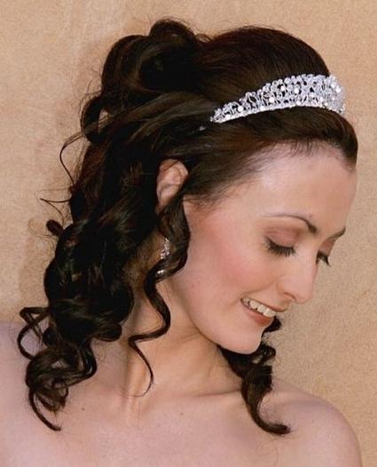 37 Half Up Half Down Wedding Hairstyles Anyone Would Love In Looking In Wedding Hairstyles Down With Tiara (View 8 of 15)