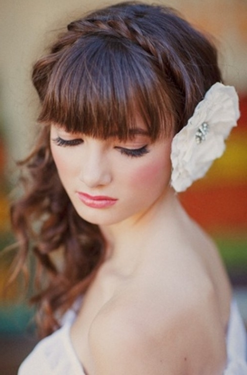 39 Chic And Pretty Wedding Hairstyles With Bangs – Weddingomania Inside Wedding Hairstyles With Fringe (View 10 of 15)