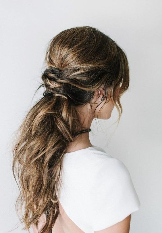 41 Trendy And Chic Messy Wedding Hairstyles – Weddingomania Throughout Wedding Hairstyles For Long Ponytail Hair (View 4 of 15)