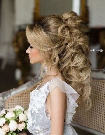 45 Most Romantic Wedding Hairstyles For Long Hair | Updo, Curly And Regarding Elstile Wedding Hairstyles For Long Hair (View 8 of 15)