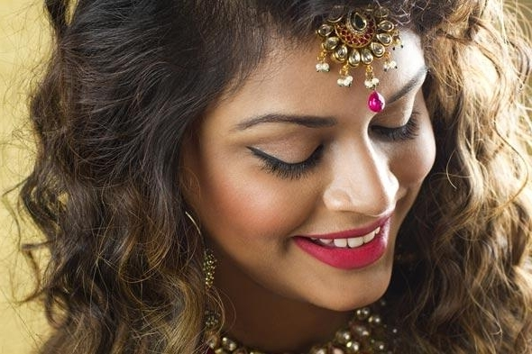 5 Indian Bridal Hairstyles For Thin & Short Hair | Rewardme Regarding Indian Wedding Hairstyles For Short And Thin Hair (View 9 of 15)