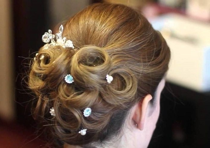 5 Pulled Back Wedding Hairstyles Throughout Pulled Back Wedding Hairstyles (View 5 of 15)