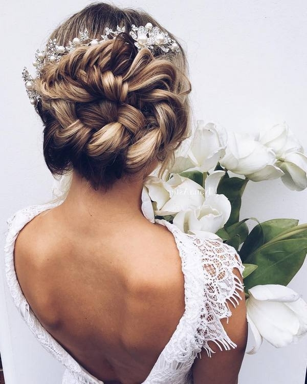 65 New Romantic Long Bridal Wedding Hairstyles To Try | Deer Pearl Within Romantic Wedding Hairstyles (View 9 of 15)