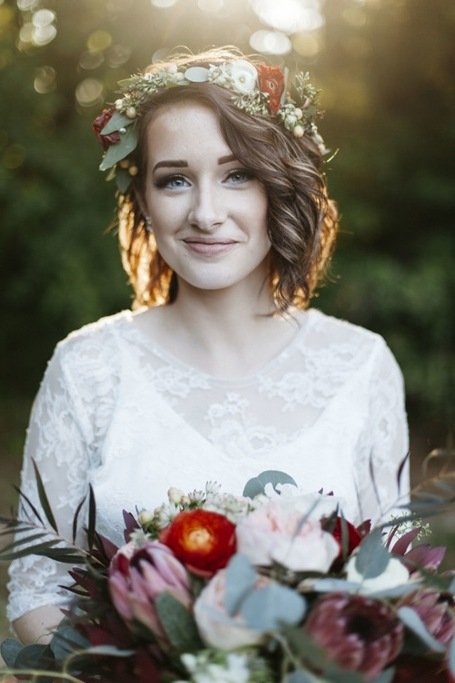 8 Gorgeous Wedding Hairstyles For Brides With Short Hair U2013 Pertaining To Bob Wedding Hairstyles (View 8 of 15)