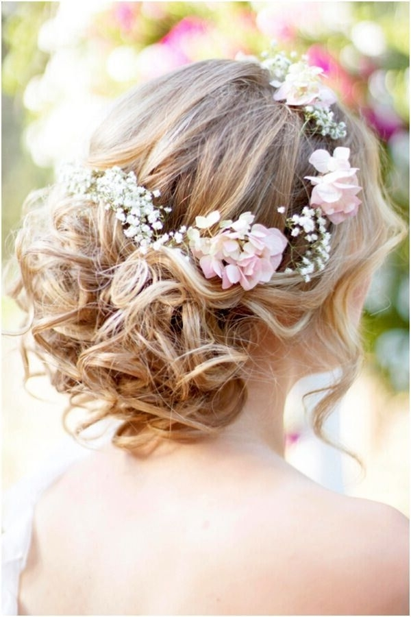 8 Wedding Hairstyle Ideas For Medium Hair – Popular Haircuts Throughout Wedding Hairstyles For Medium Length Hair With Flowers (View 5 of 15)