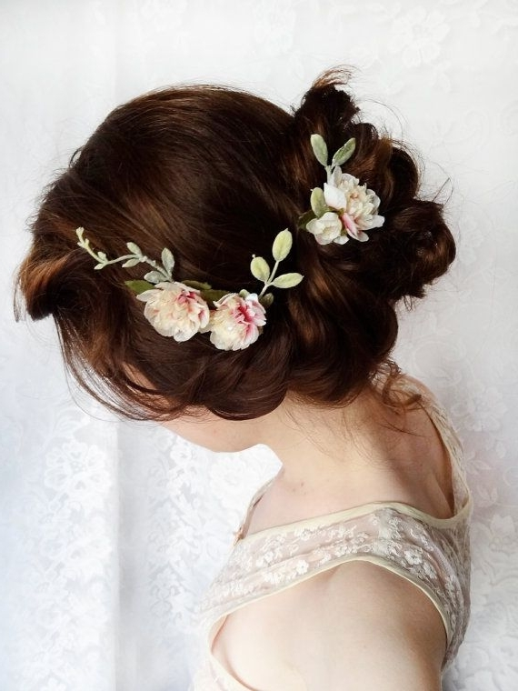 Another 15 Bridal Hairstyles & Wedding Updos | Spring Time, Flower In Spring Wedding Hairstyles For Bridesmaids (View 9 of 15)