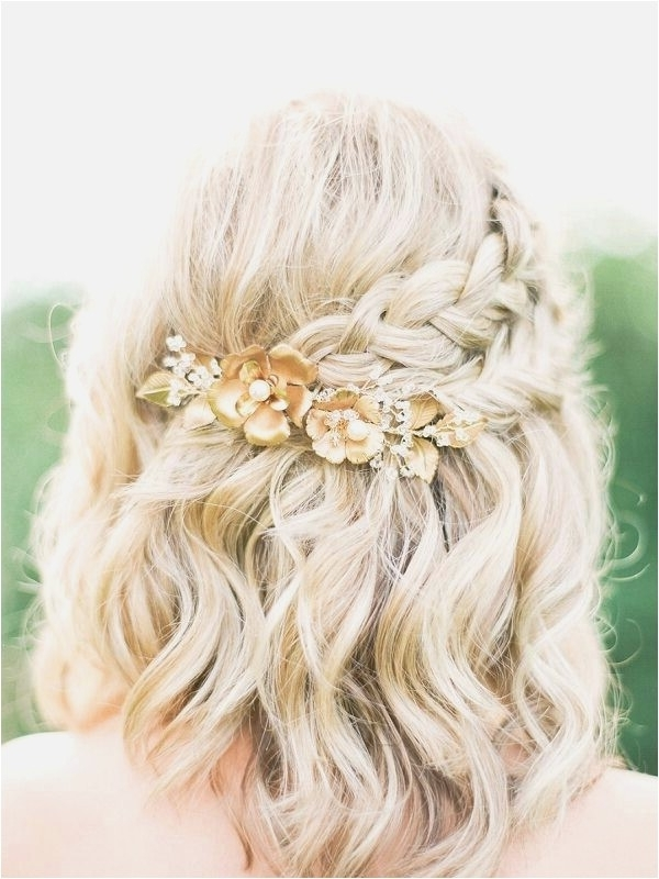 Awesome Shoulder Length Wedding Hairstyles | Best Wedding Style Inside Shoulder Length Wedding Hairstyles (View 6 of 15)