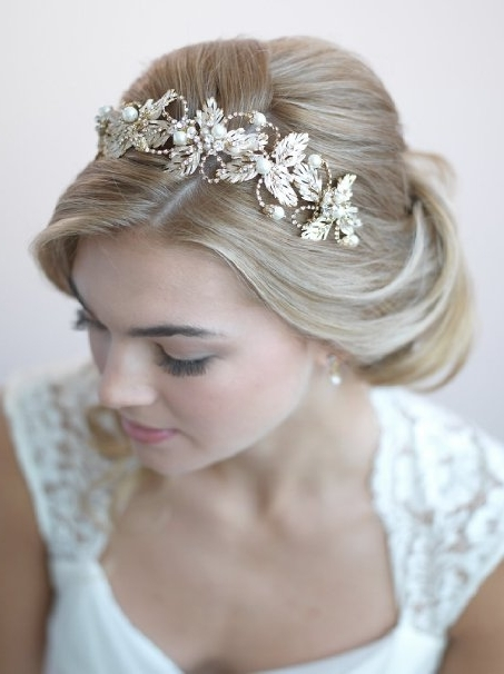 Beach Wedding Hair Accessories For Wedding Hairstyles With Accessories (View 4 of 15)