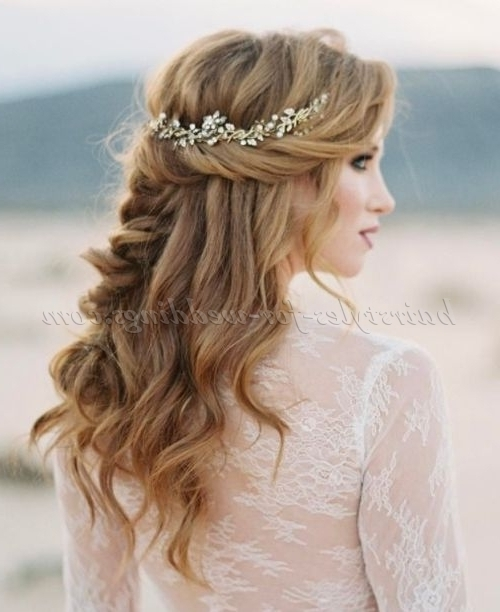 Beach Wedding Hairstyles – Beach Wedding Hairstyle | Hairstyles For With Beach Wedding Hairstyles (View 11 of 15)