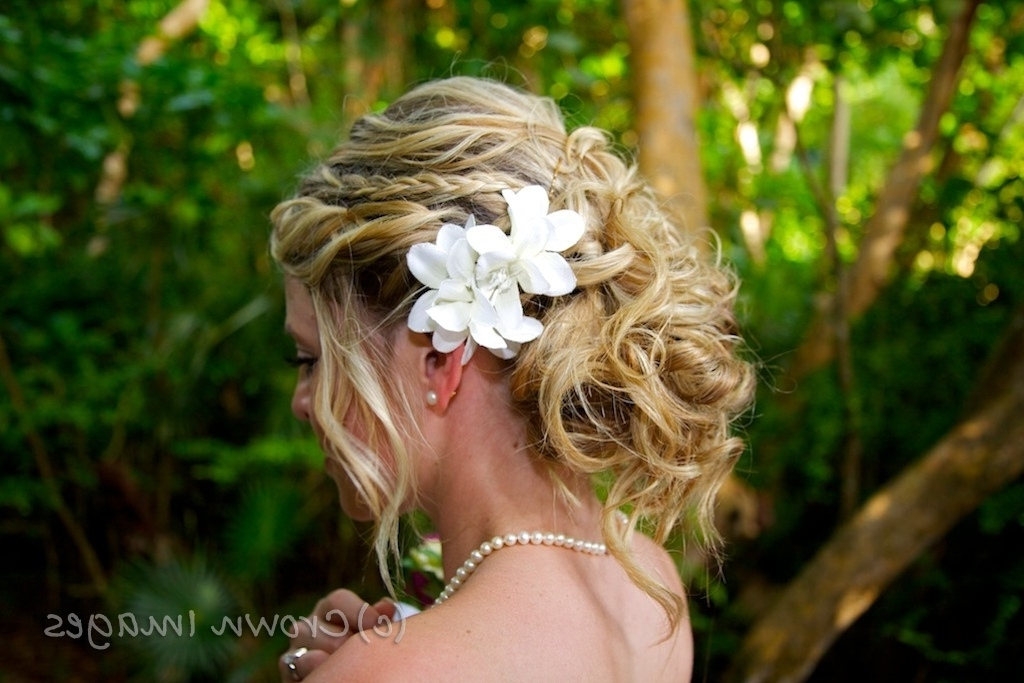 Beach Wedding Hairstyles For Curly Hair With Beach Wedding Hairstyles For Long Curly Hair (View 9 of 15)
