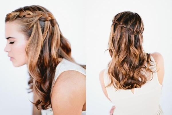 Featured Photo of Beach Wedding Hairstyles For Medium Length Hair