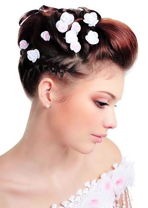 Beach Wedding Hairstyles For Short Hair Options For Wedding Pertaining To Beach Wedding Hairstyles For Short Hair (View 9 of 15)