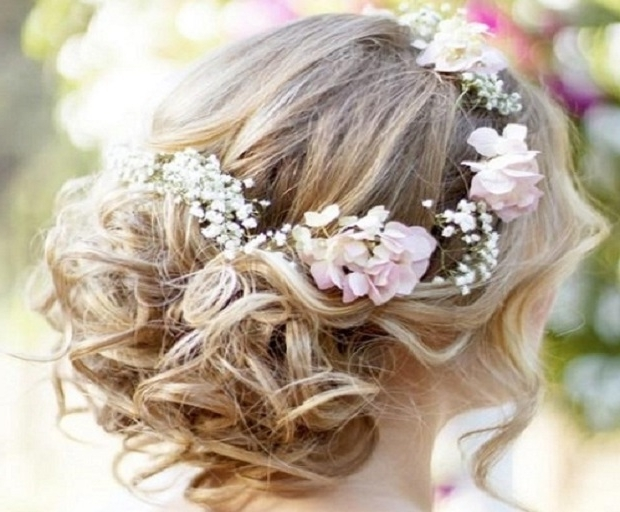 Beach Wedding Hairstyles – She'said' Regarding Beach Wedding Hairstyles (View 8 of 15)