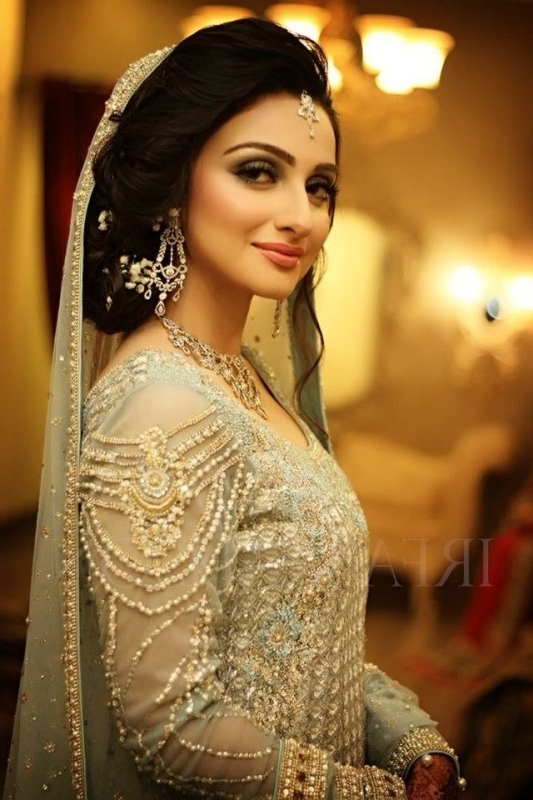 Best Bridal Wedding Hairstyles 2017 Intended For Pakistani Wedding Hairstyles (View 9 of 15)