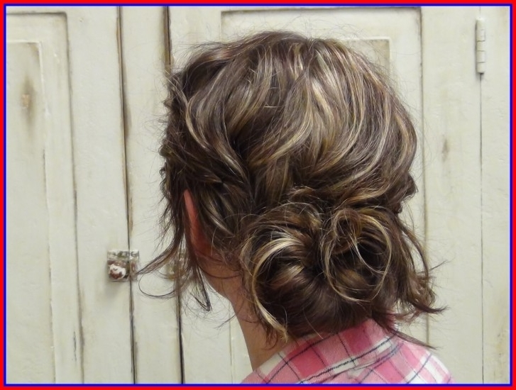 Best Messy Low Bun Wedding Hair Trends Guides For Elegant Hairstyles Throughout Loose Bun Wedding Hairstyles (View 15 of 15)