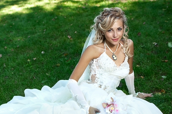 Blonde Wedding Hairstyle Half Up With Long Veilwedwebtalks | Wedwebtalks With Wedding Hairstyles For Long Hair Half Up With Veil (Gallery 10 of 15)