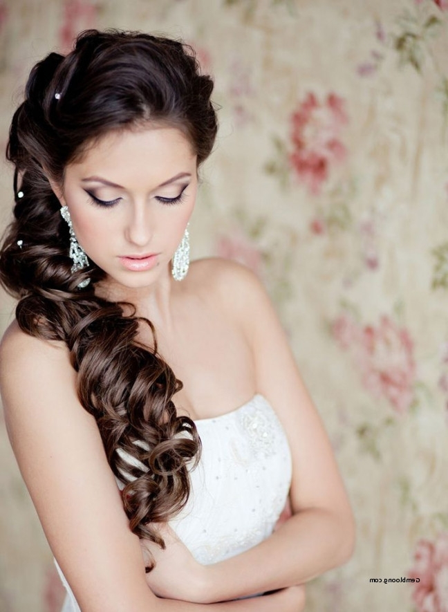 Bridal Hairstyles For Long Hair To The Side Inspirational Side Swept In Wedding Hairstyles For Long Hair To The Side (View 5 of 15)