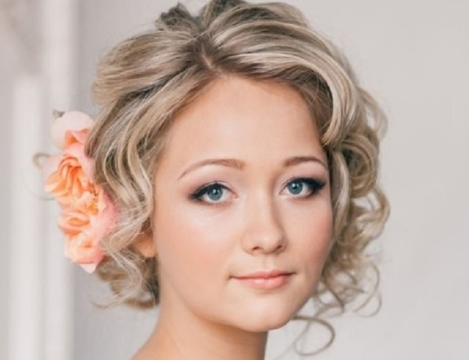 Bridal Hairstyles For Short Hair – She'said' Pertaining To Wedding Hairstyles For Short Thin Hair (View 5 of 15)