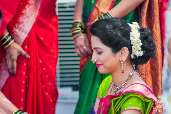 Bridal Hairstyles Maharashtrian: Maharashtrian Bride Wearing . (View 12 of 15)