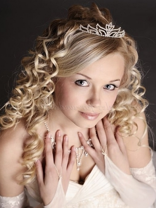 Bridal Tiara – Wedding Tiara With All Down Curly Hairstyle For Wedding Hairstyles Down With Tiara (View 6 of 15)
