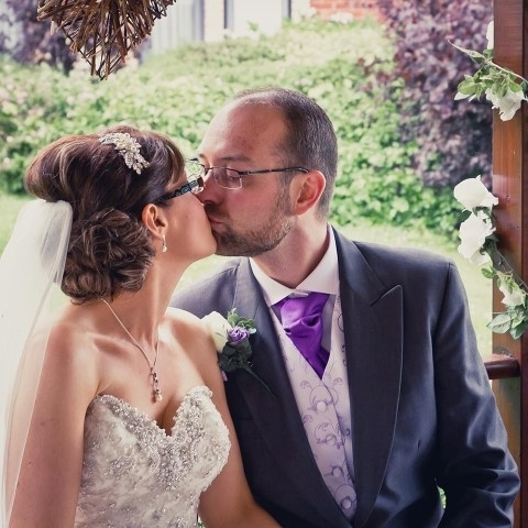 Brides With Glasses Hairstyles (View 12 of 15)