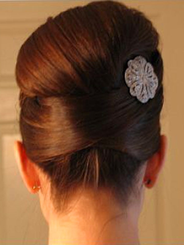 Bridesmaid Hairstyles Medium Hair | The Holle For Wedding Hairstyles For Medium Hair For Bridesmaids (View 11 of 15)
