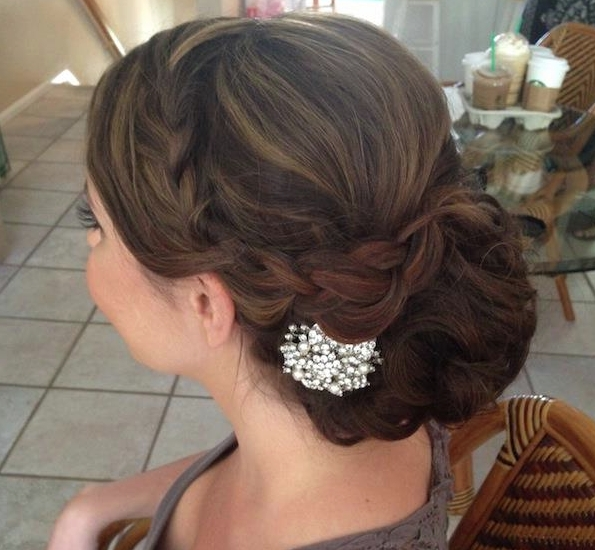 Creative And Elegant Wedding Hairstyles For Long Hair | Elegant Intended For Creative And Elegant Wedding Hairstyles For Long Hair (View 2 of 15)