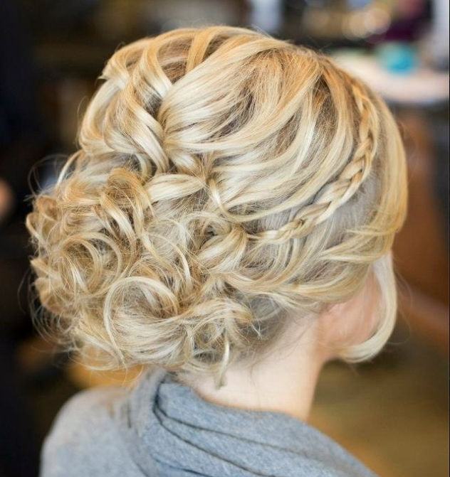 Creative And Elegant Wedding Hairstyles For Long Hair – Modwedding Pertaining To Creative And Elegant Wedding Hairstyles For Long Hair (View 5 of 15)