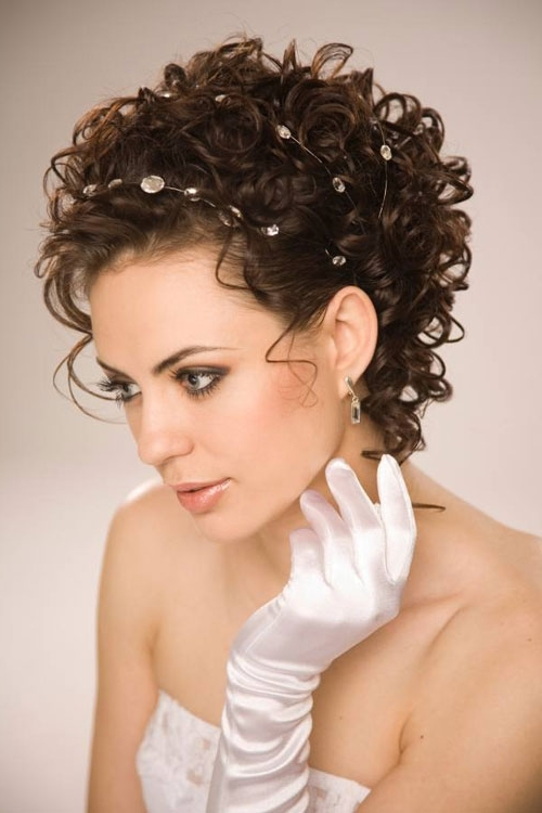 Curly Wedding Hairstyles For Short Hair – Cool & Trendy Short Inside Wedding Hairstyles For Short Curly Hair (View 9 of 15)