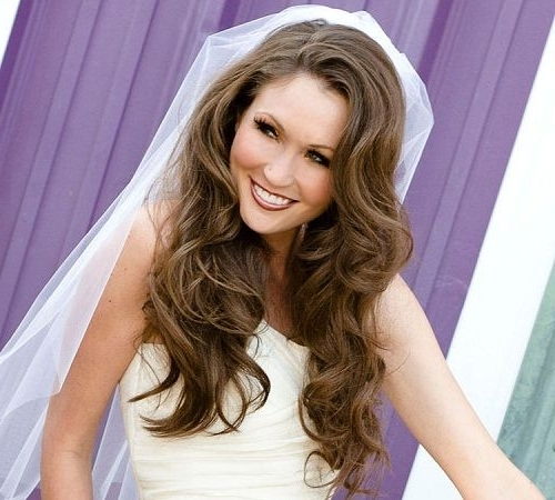 Cute Wedding Hairstyles For Shoulder Length Hair With Veil – New In Wedding Hairstyles For Shoulder Length Hair With Veil (View 4 of 15)