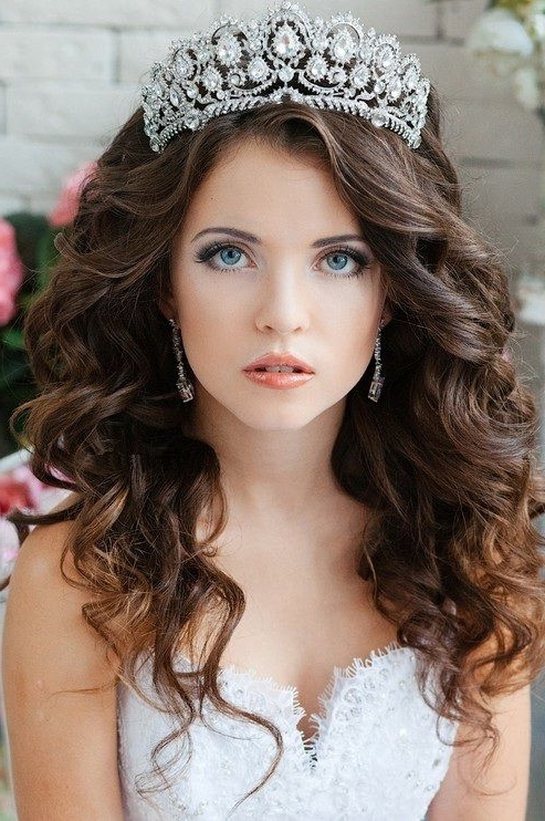 ?????? | ????????? ??????, ???????, ????? | Pinterest | Quinceanera Inside Wedding Hairstyles With Crown (View 8 of 15)