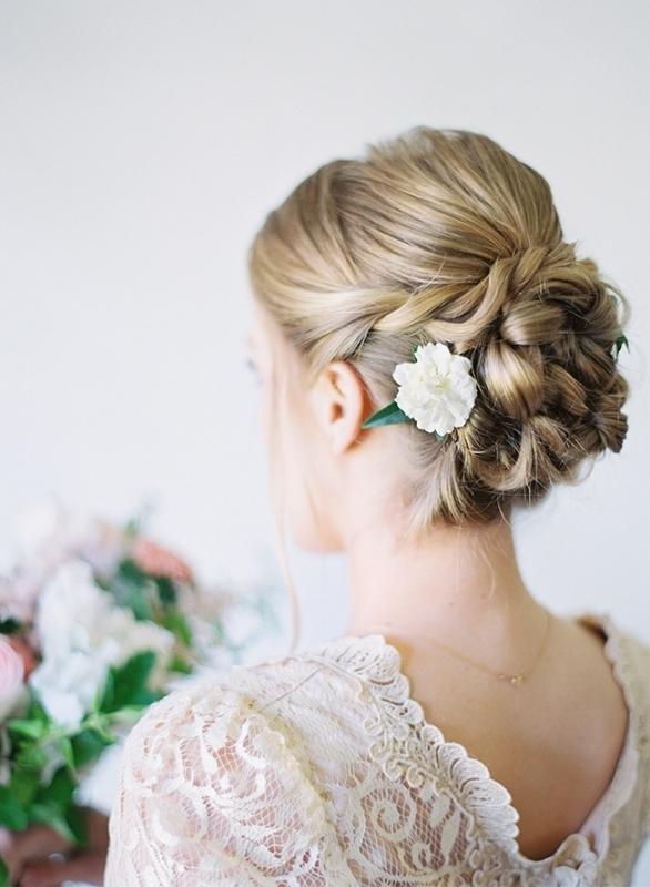 Diy Wedding Updo Archives – Weddingomania Regarding Diy Wedding Updos For Long Hair (Gallery 14 of 15)