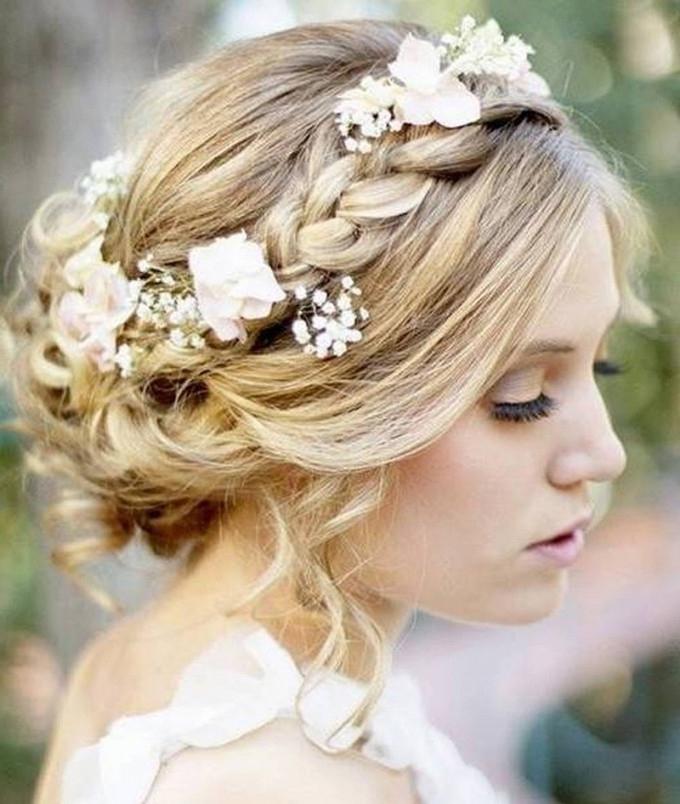 Diy Wedding Updos For Long Hair – Simple Wedding Updos For Long With With Regard To Diy Wedding Updos For Long Hair (Gallery 7 of 15)