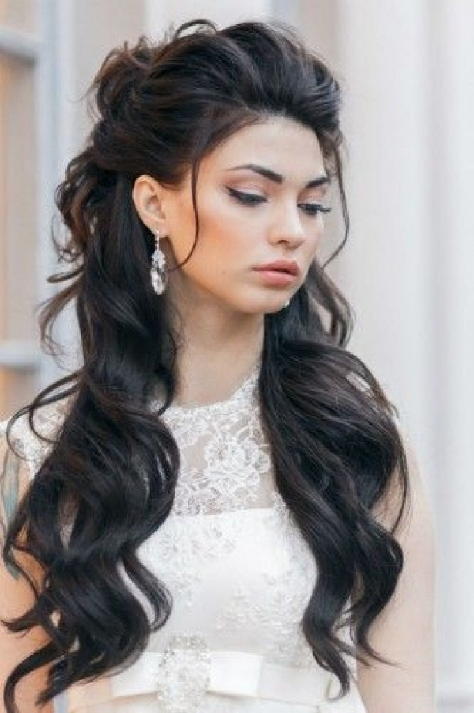 Elegant In Addition To Gorgeous Wedding Hairstyles Long Dark Hair Pertaining To Wedding Hairstyles For Dark Hair (View 9 of 15)