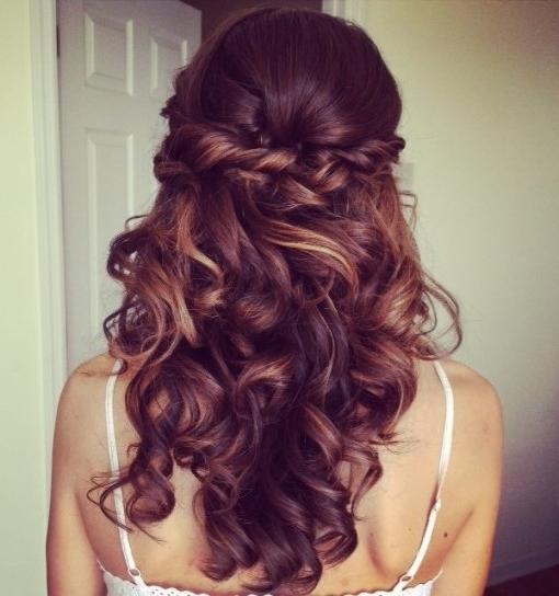 Elegant Wedding Hairstyles: Half Up Half Down | Tulle & Chantilly Inside Half Up Half Down With Braid Wedding Hairstyles (View 5 of 15)