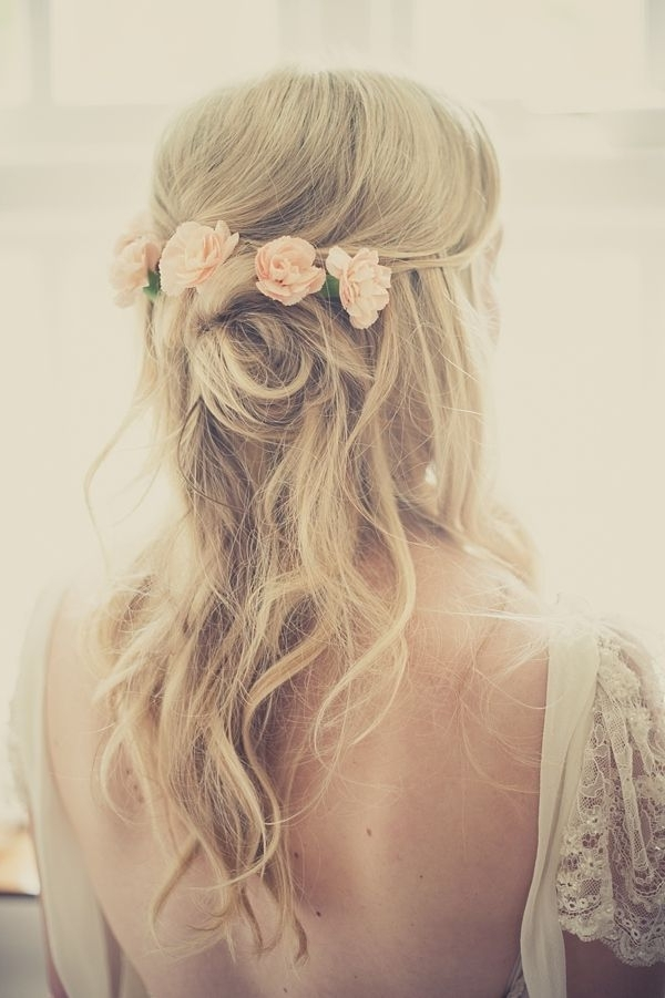 Elegant Wedding Hairstyles: Half Up Half Down | Tulle & Chantilly Inside Wedding Hairstyles For Long Hair With Flowers (View 6 of 15)