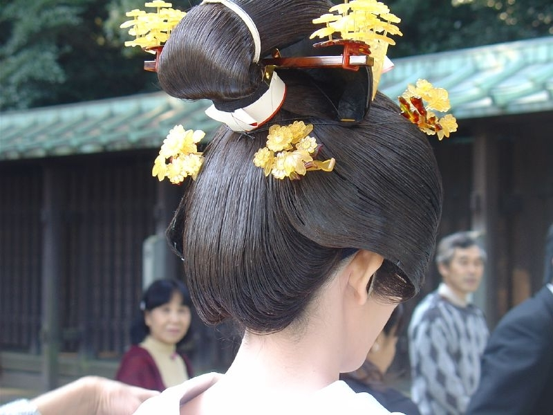 File:traditional Japanese Wedding Hairstyle – Wikimedia Commons Throughout Japanese Wedding Hairstyles (View 2 of 15)
