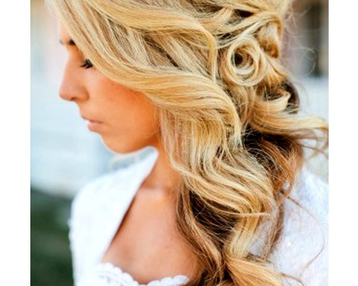 Free Side Swept Wedding Hairstyles For Long Hair With Wedding Hairstyles For Long Hair With Side Swept (View 9 of 15)