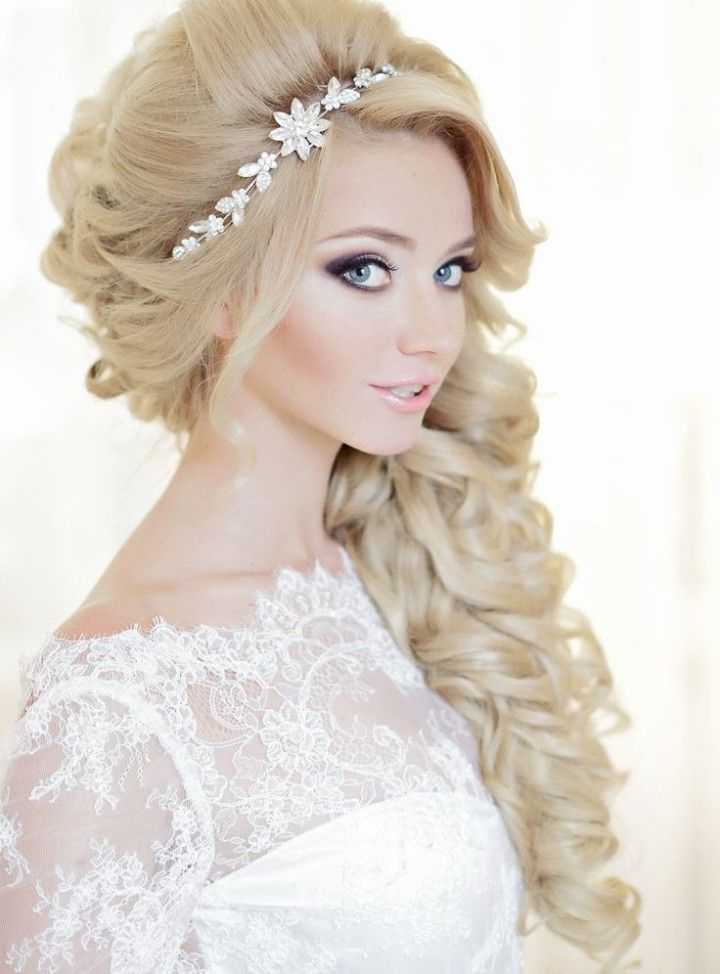Glamorous Wedding Hairstyles With Curls | Wedding, Collection And With Regard To Glamorous Wedding Hairstyles For Long Hair (View 6 of 15)