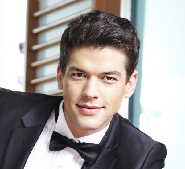 Good Hairstyles For Men To Wear At Weddings With Wedding Hairstyles For Mens (Gallery 4 of 15)
