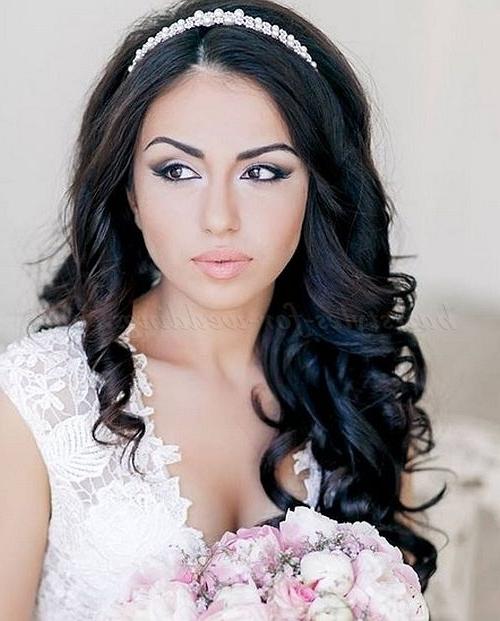 Hair Down Wedding Hairstyle With Headband | Wedding Hairstyles For Inside Wedding Hairstyles With Headband (View 3 of 15)