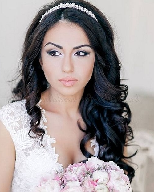 Featured Photo of Wedding Hairstyles Down With Headband