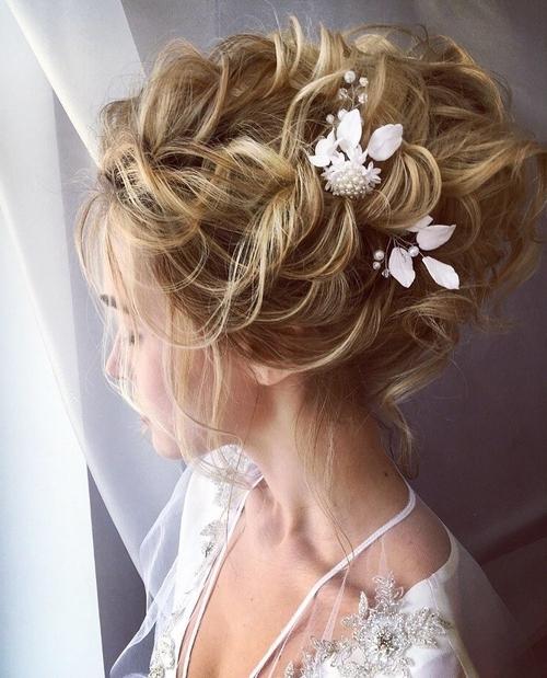 Hairstyles For Beach Wedding, Beach Bridal Wedding Hairstyles With Regard To Beach Wedding Hairstyles (View 14 of 15)