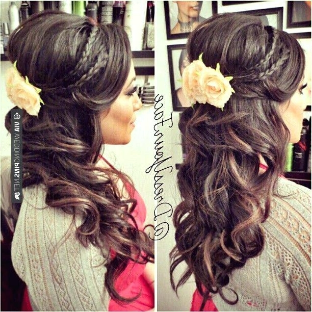 Half Up Hairstyles For Medium Length Hair Latest Half Up Down Throughout Wedding Half Up Hairstyles For Medium Length Hair (View 7 of 15)