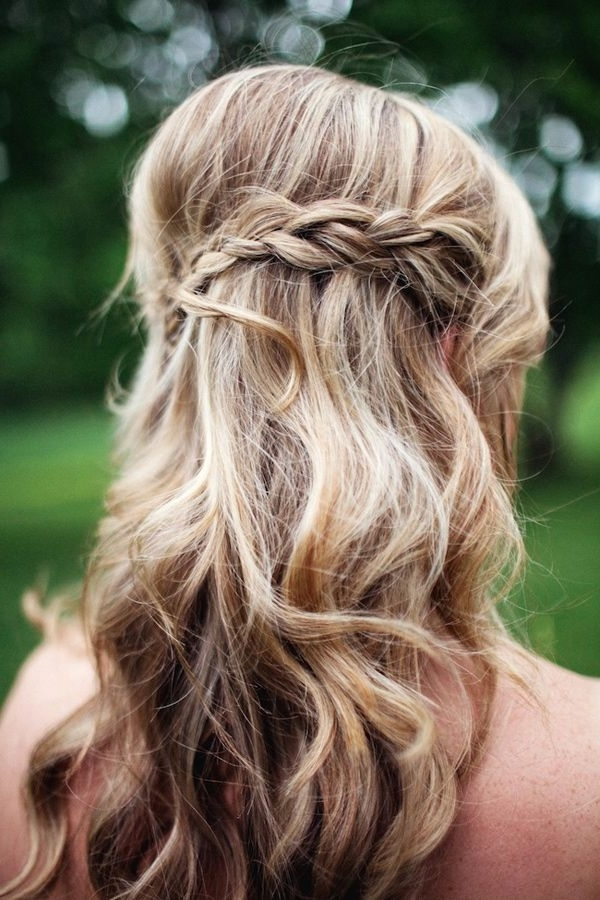 Half Up Half Down Wedding Hairstyle With Braid 2017 Pertaining To Half Up Half Down With Braid Wedding Hairstyles (View 2 of 15)