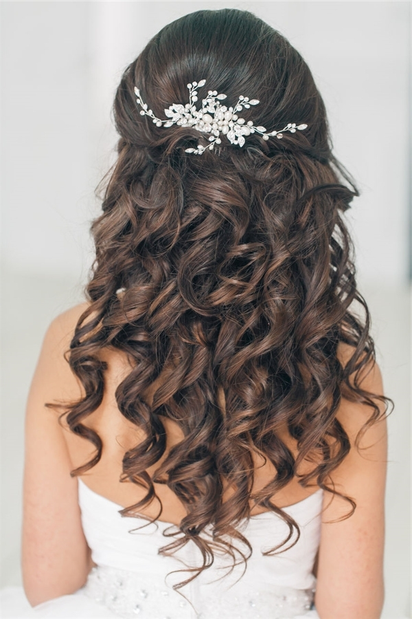 Half Up Half Down Wedding Hairstyles For Long Hair | Deer Pearl Flowers Regarding Wedding Hairstyles For Long Down Curls Hair (View 13 of 15)