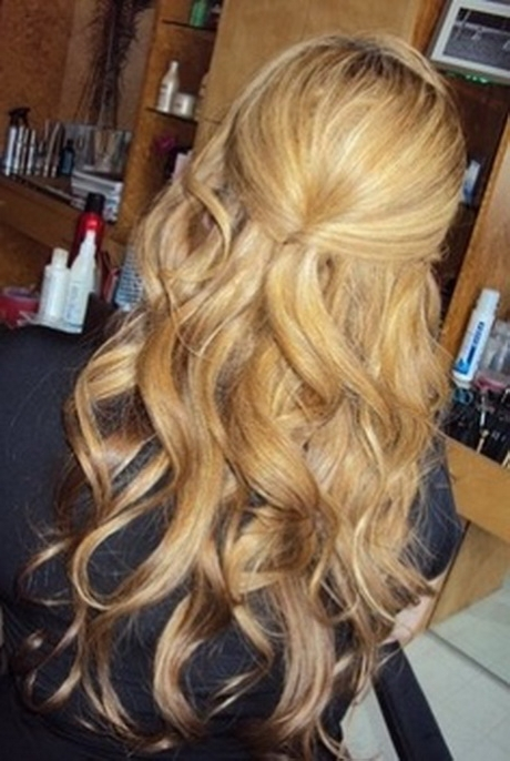 Half Up Half Down Wedding Hairstyles For Shoulder Length Hair – Top With Wedding Half Up Hairstyles For Medium Length Hair (View 14 of 15)