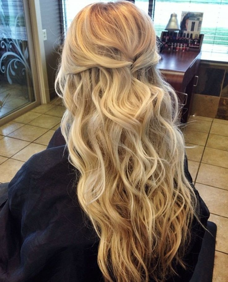 Image Result For Wedding Hair | Hair | Pinterest | Beach Wedding Pertaining To Beach Wedding Hairstyles For Shoulder Length Hair (View 7 of 15)