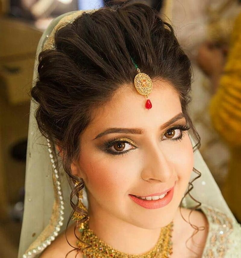 Indian Engagement Hairstyles 2016 Hairstyle For Indian Bride For Regarding Wedding Engagement Hairstyles (View 10 of 15)
